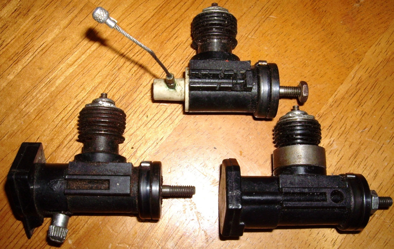 SOLD!!! 3 Testors plastic case engines $15 for all. Testor10